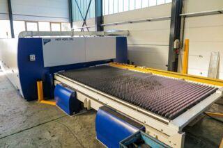 Laserschneidanlage mit Faserlaser 4000x2000mm - Außenansicht