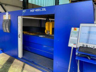 Laserschneidanlage mit Faserlaser 4000x2000mm - Steuerung und Eingangsbereich