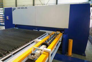 Laserschneidanlage mit Faserlaser 4000x2000mm - Detailansicht